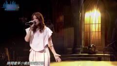 近五十岁女歌手,因着李荣浩为她身打造的歌曲,瞬间刷爆全网抖音