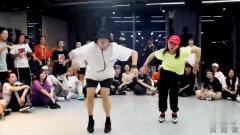 2019热门舞蹈视频《ALIVE》最火抖音舞蹈