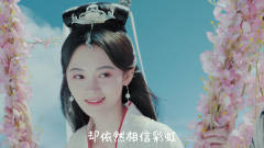 千年美女鞠婧祎,网络感人神曲《追光者》,两