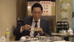《孤独的美食家》一份排骨炒饭,叔吃的是酣畅