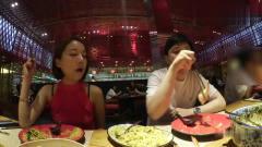 老外在中国:韩国女主播来到澳门,去吃白钟元