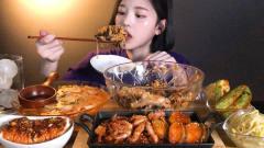 韩国美女一口吃3个鲍鱼,简直太馋人了!