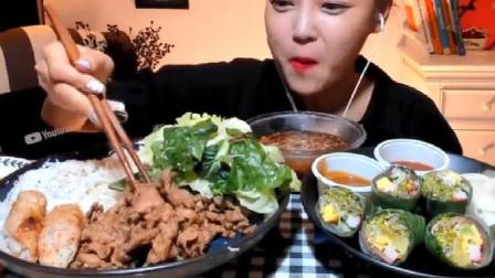 韩国美女大胃王来吃播了,吃越南美食,这是中