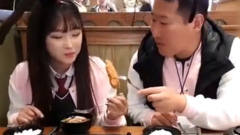 韩国肥兴森吃货比赛第一名收获美女啦,这次爸