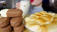 吃播:韩国美女吃货试吃脆皮巧克力冰棒,配上