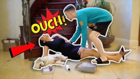 国外妻子恶搞丈夫:怀孕时假装从楼梯摔下,被