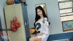 韩国美女主播,双马尾身材还那么好