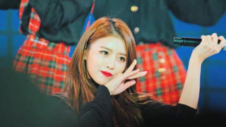 韩国超美时尚美女,样貌清纯可爱笑容甜美,太