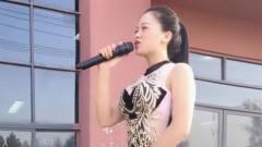 气质美女翻唱《你是我的人》超棒的嗓音,心动