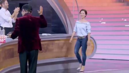 华人圈最受欢迎的女明星,现场无伴奏尬唱神曲