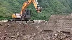 盘点挖掘机各种尴尬糗事,太逗了!