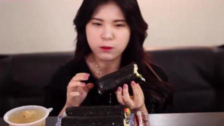 韩国吃播,美女吃紫菜包饭吃相不一般,咀嚼音