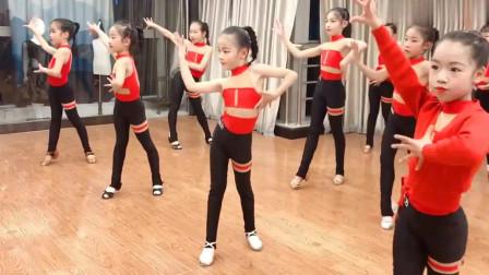 拉丁舞:小盆友的柔美伦巴来了,跳的真好,连
