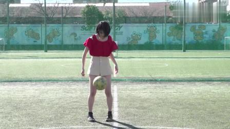 看她踢球是种享受 日本17岁美少女大秀球技 足球界的赤木晴子