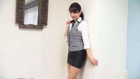 OL制服美女,属于办公室的优雅!超显气质