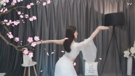 #最劲热舞#依然小姐姐魅力燃舞蹈依然古风版《爱