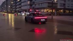 精彩街拍欣赏, 看来保时捷跑车也很受欢迎!