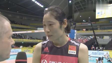 中国女排:朱婷英文采访,开始一脸懵,这个口