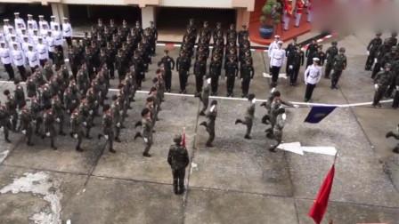 泰国大阅兵,音乐响起那一刻我就想笑,明明这