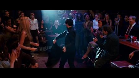 蜘蛛侠黑化的膨胀了,酒吧故意和美女热舞气前