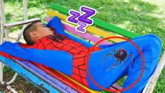 萌宝卡通玩具:小正太睡觉被蜘蛛咬了口居然变