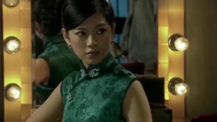 爱情公寓:曾小贤挖地道越狱,居然挖到了美女