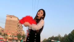 美女翻唱闽南语《爱拼才会赢》,嗓音甜美悦耳