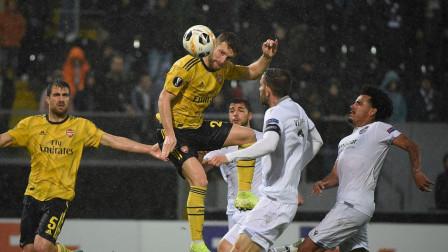欧联-穆斯塔菲破门补时遭扳平,阿森纳1-1不败领跑