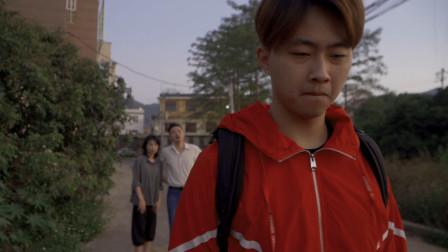 闽南语搞笑视频:儿子坚决离家打拼,老父老母