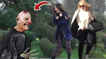 国外恶搞:雕像惊吓路人,美女被吓到的那一刻