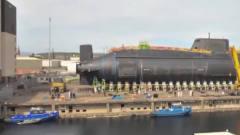 军事:见过大型军舰下水,可你见过潜艇是怎么