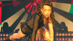 邓超火辣女装跳钢管舞,这舞技一看就是专业的
