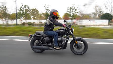 呆子测评|小号的哈雷硬汉883,晓星GV300S 骑士网摩托车评测