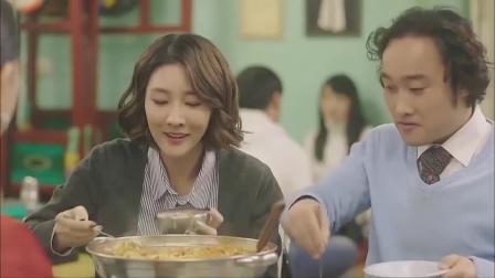 韩国人引以为豪的火锅,越看越像方便面,美女