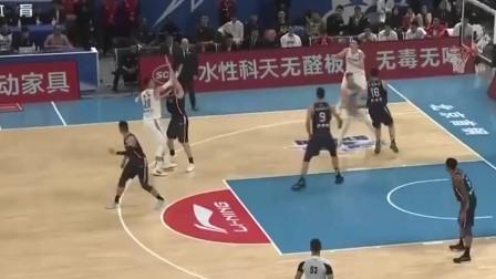 本赛季首场京粤大战 广东客场大规模的人员轮转