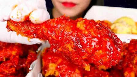 """韩国美女极限挑战,""""爆辣""""炸鸡直接大口吞咽"""