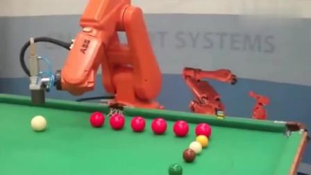 机器人打桌球,最后嘚瑟的有点过分了!