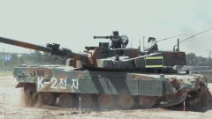 韩军的K2主战坦克进行军事训练,看着猛不猛?