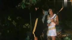 开心乐园:大伙碰上一朵食人花,美女还偏偏不