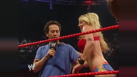 WWE可爱美女破天荒, 竟主动搭讪猥琐男, 猥琐男都