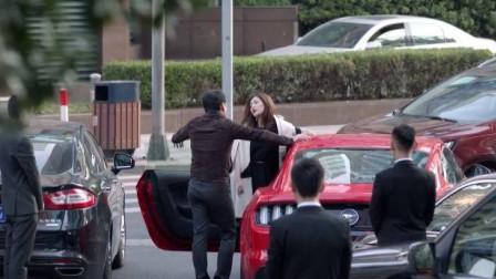 好先生:美女失恋去飙车,亲哥带队直接一排豪