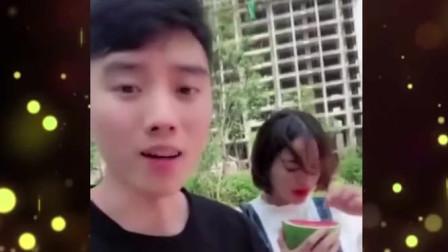 家庭幽默录像:天道好轮回啊,男子嘲笑老婆,