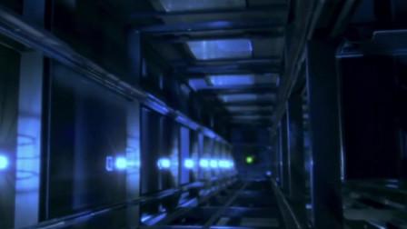 美女被困电梯,突然听到奇怪的声音,接着电梯