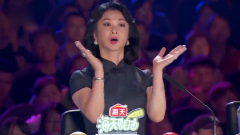 中国达人秀:小伙台上跳钢管舞,线条比女生还