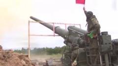 军事:俄军马尔卡203毫米自行榴弹炮火力打击,