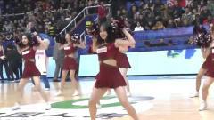 中国美女千千万四川就得占一半啦啦队舞蹈点燃