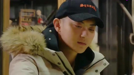 """综艺:黄子韬信心满满地玩游戏,""""骚操作""""看"""