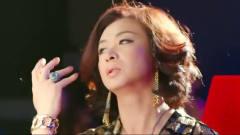 分手大师:邓超变身退役模特,舞台上大跳热舞