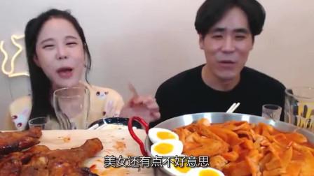 韩国美女带亲哥出镜,一露面就知道爸妈没做假