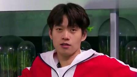 娱乐:杨幂偷偷唱歌,魏大勋转身来接唱